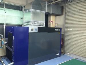 JCCE本社工場1階のコンプレッサーを入れ替えました。